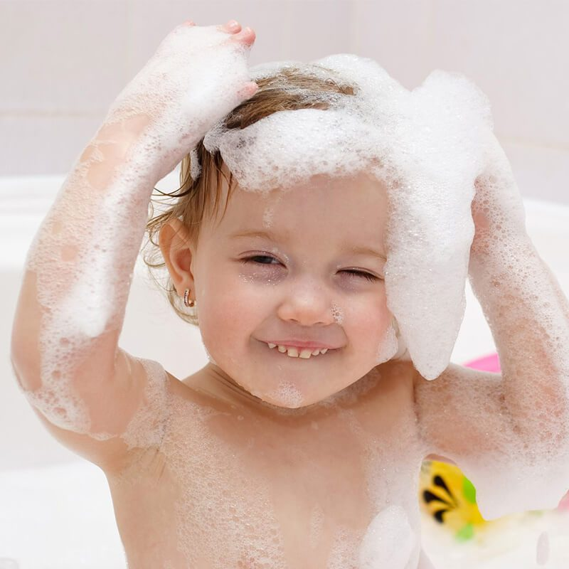 Bé tắm-Bé gội